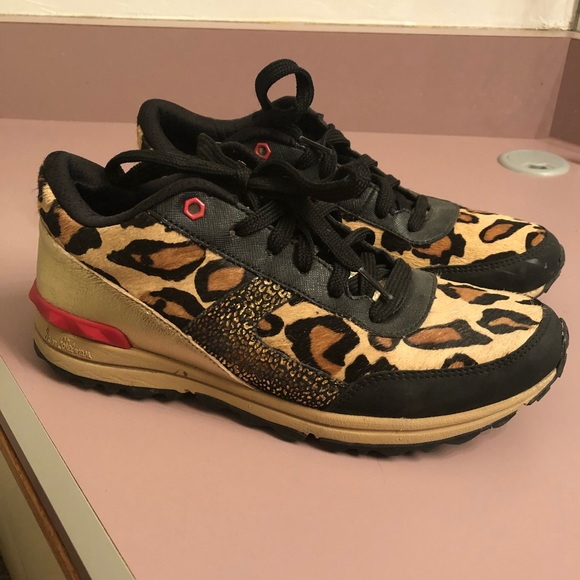 4028229230386d Sam Edelman Dax Leopard Sneaker 7. M 5b7cc495800deea65f5312e3